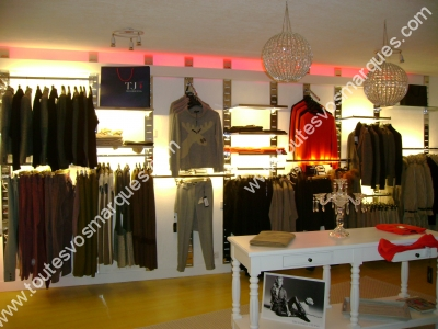 toutes vos marques a trouv 23 boutique s correspondant la marque week end page 1 toutes. Black Bedroom Furniture Sets. Home Design Ideas